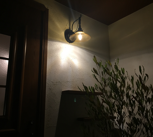 玄関照明 レトロ