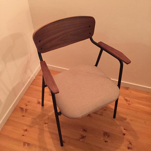 アンセム チェアー 椅子